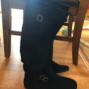 Shoes - Ladies zipper up boots black suede
